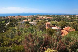 La Londe-les-Maures, Var, Provence-Alps-Cote d'Azur from €136,800 – studio