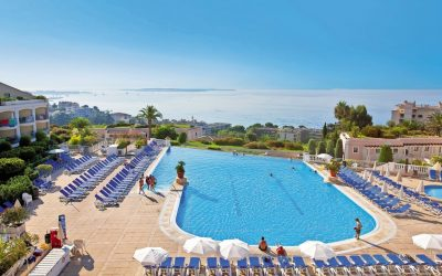 Wonderful and superbly located residence in Cannes –  Studio to 2 bed apartments from €115,000.