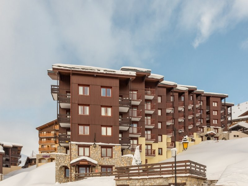 Belle Plagne, studio cabin (sleeps 4) with balcony in popular residence – €127,500.