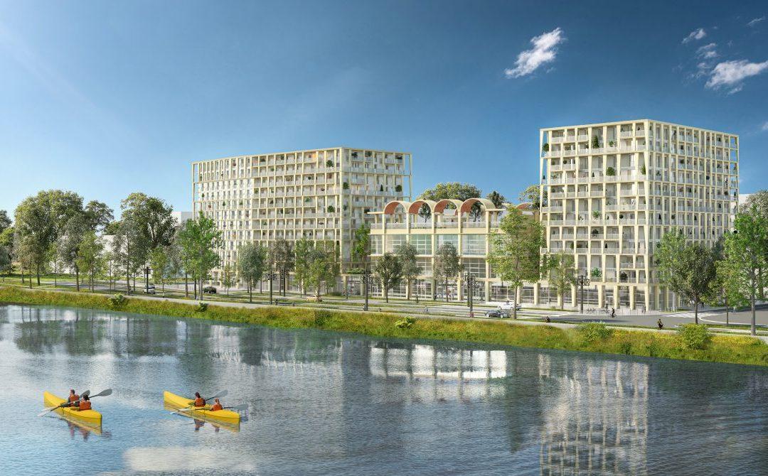 Bordeaux, contemporary new development facing the Garonne River.
